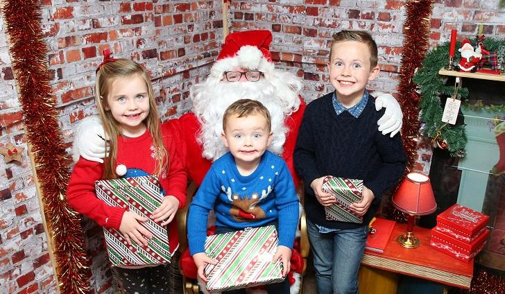 Easons Book Santa Returns